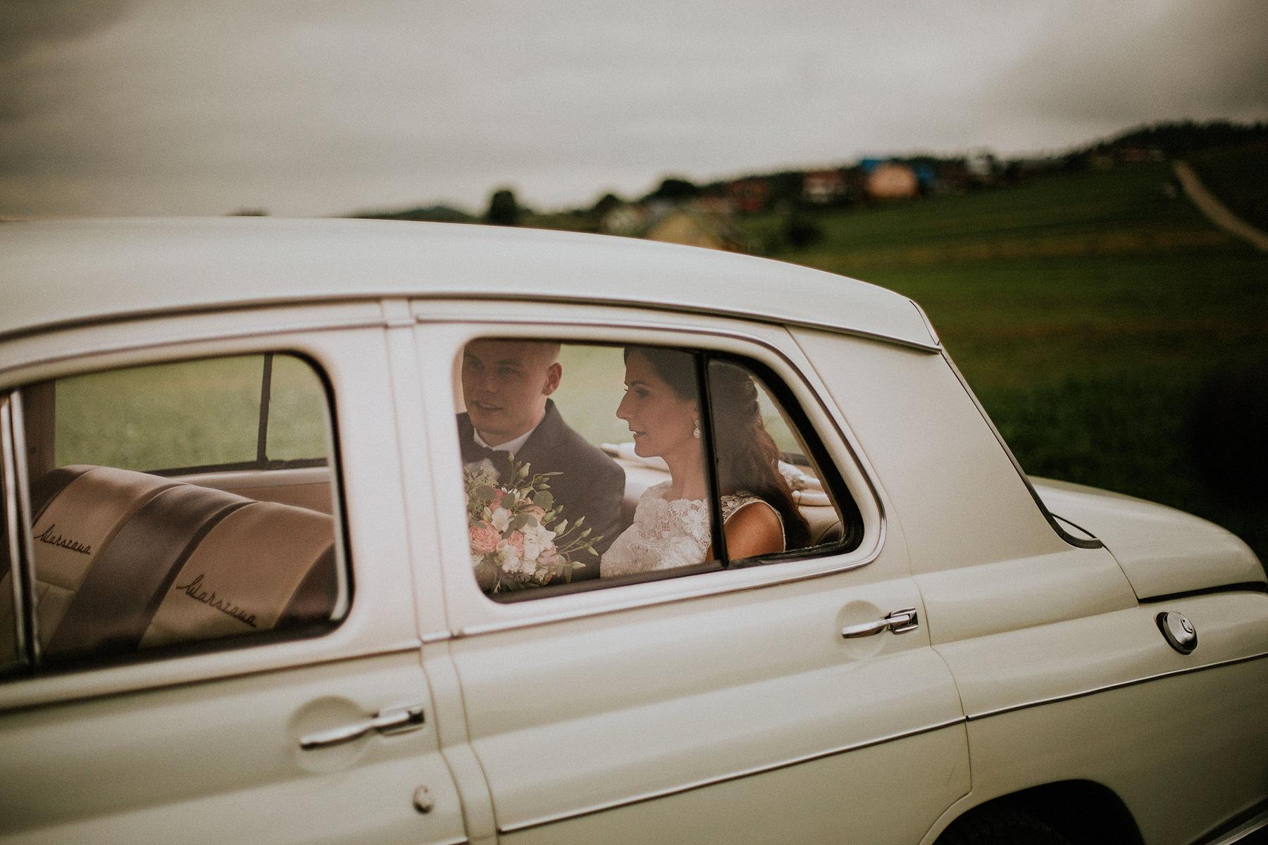 warszawa stare auto na ślub