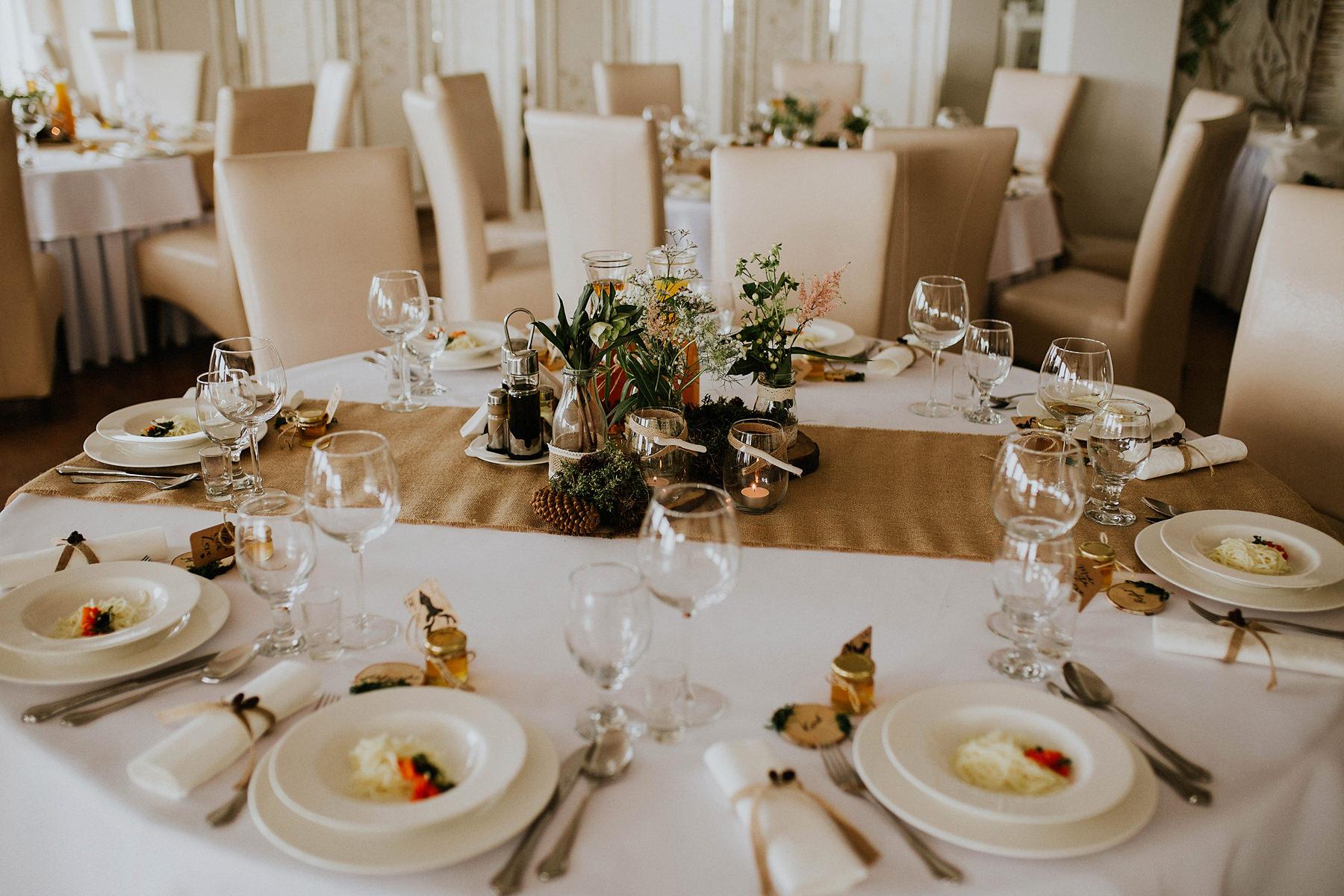 dekoracja stolu weselnego restauracja przystan tychy