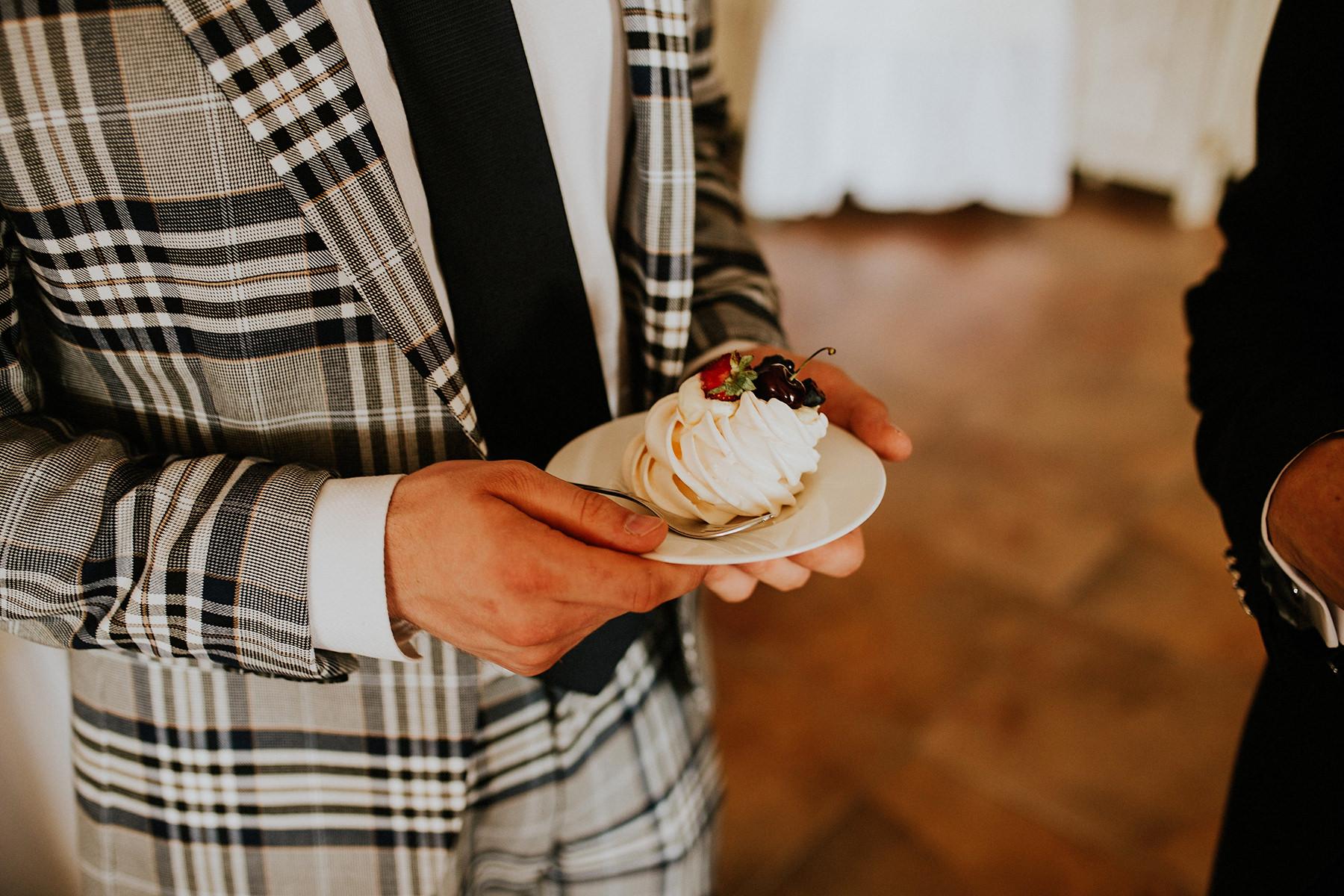 slodki stol na wesele tak czy nie