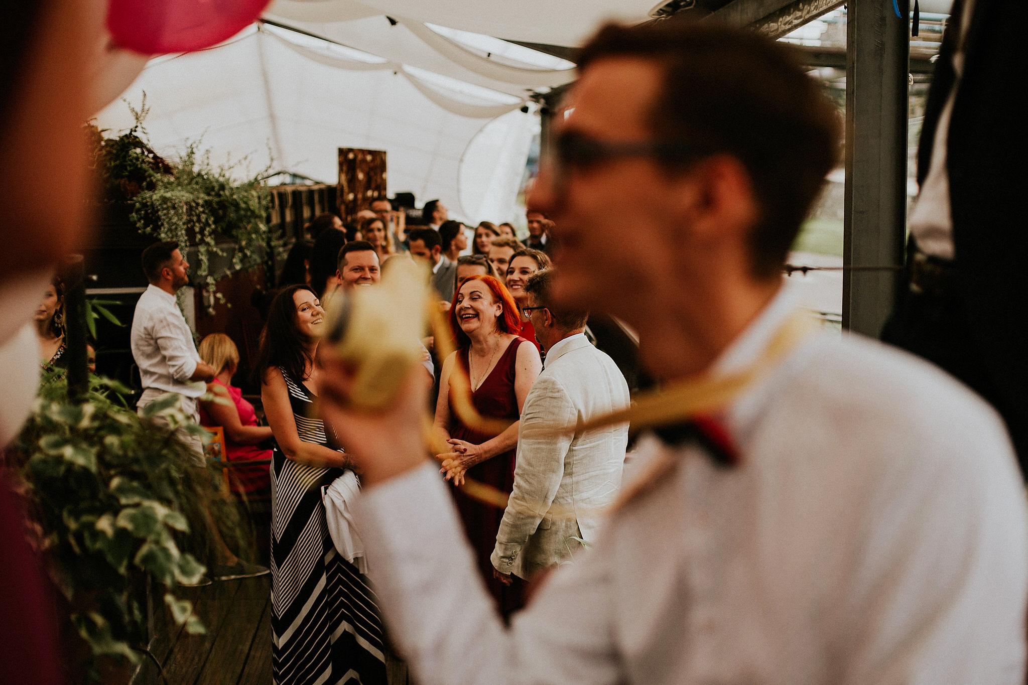 ślub plenerowy na barce kraków