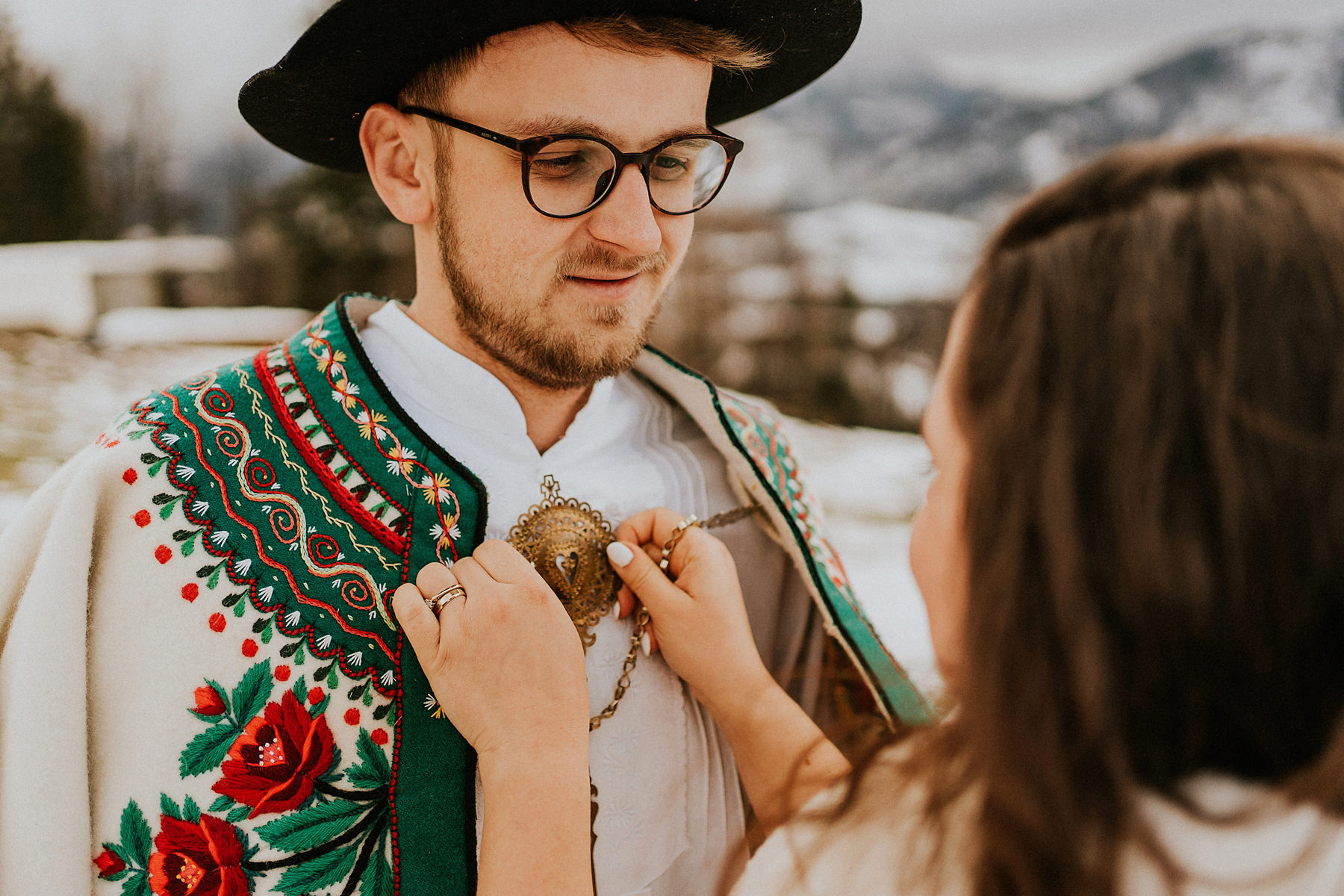 zimowa sesja ślubna w górach