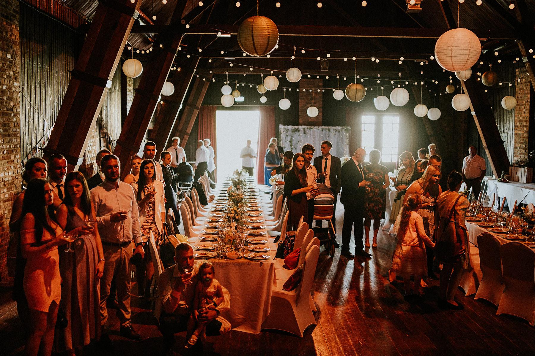 wesele w stodole karol nycz